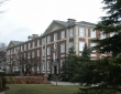 阿德菲大学