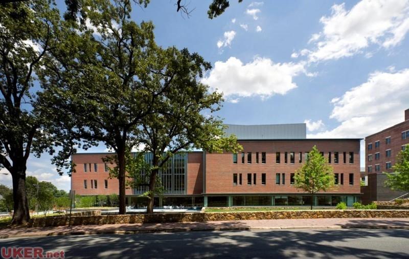 北卡罗来纳州大学教堂山分校(NC-Chapel Hill)照片